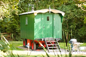 Luxury Shepherds Hut, Glamping Malvern