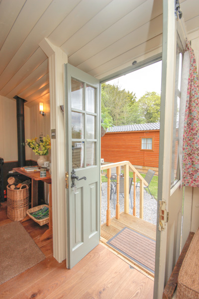 Deluxe Shepherd Hut - Glamping Holiday - Inside Image